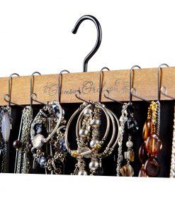necklace-bracelet-hanging-on-organizer